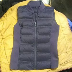 Lulu lemon vest size small